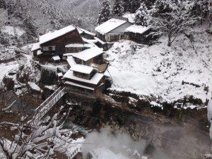 雪の後楽館